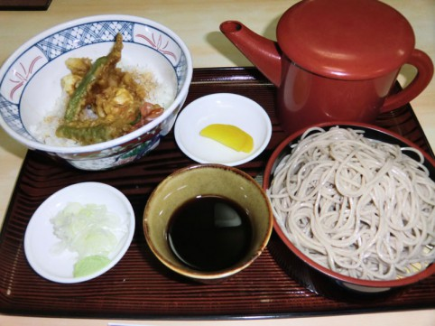 蕎麦+天丼の特別メニュー