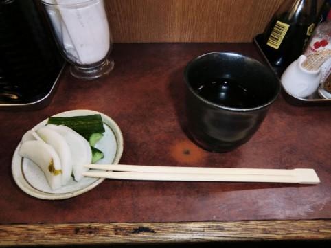 美味しく飲める温度のほうじ茶でした。