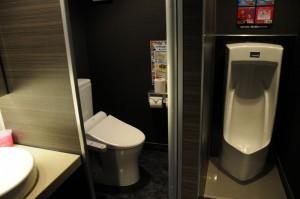 トイレ凄くキレイでした女性用は2階、男性用は1・3~5階