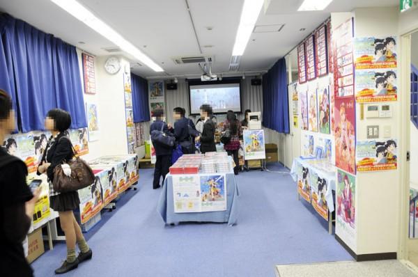 アニメイト秋葉原店7Fの『偽物語』特別販売会場4月26日迄