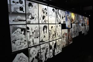 狐印氏のイラストが多数展示